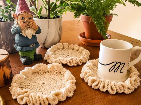 crochet Ruffle Coaster free pattern