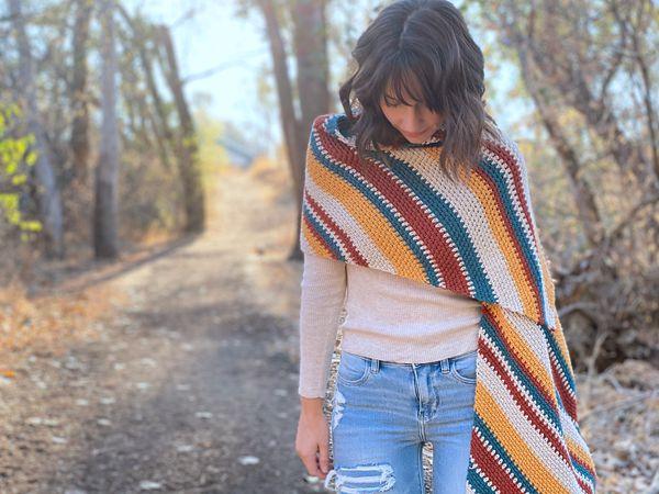crochet Indigo Sun Wrap free pattern