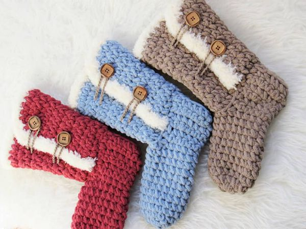 crochet Arctic Boots for Women free pattern