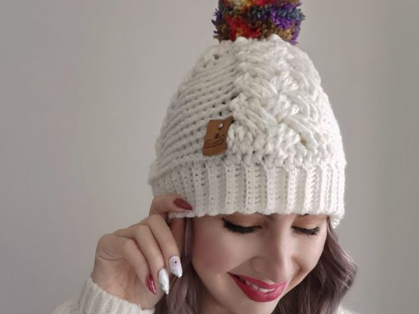 crochet Lees Cabled Beanie free pattern