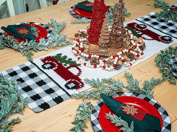 crochet Red Christmas Truck Table Runner free pattern