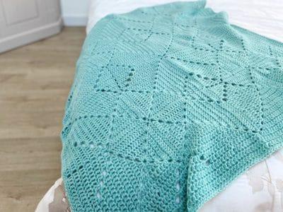 crochet Criss Cross Blanket free pattern