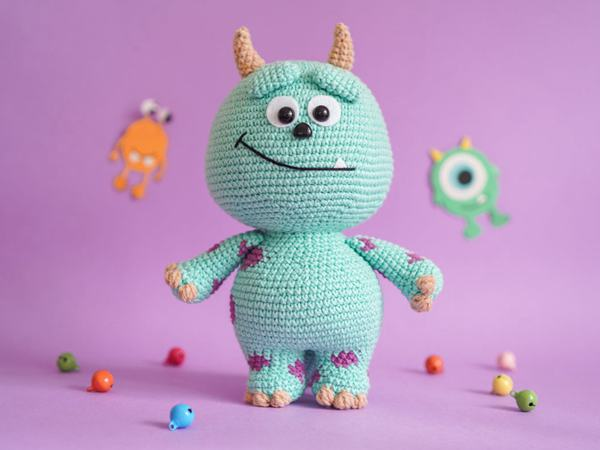 crochet Little Monster easy pattern