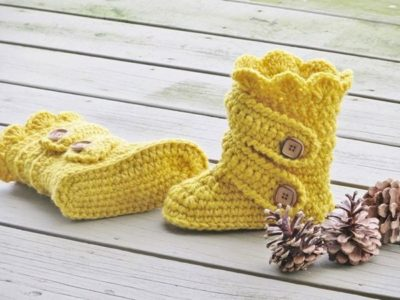 crochet Childs Classic Snow Boots easy pattern