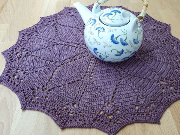 crochet Diamonds Doily free pattern