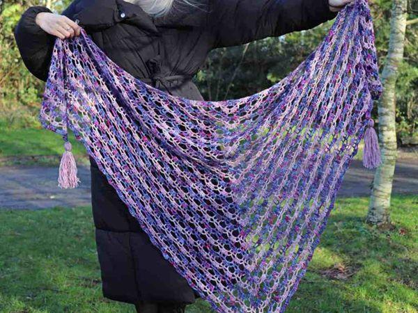 crochet Faded Blooms Lace Shawl free pattern