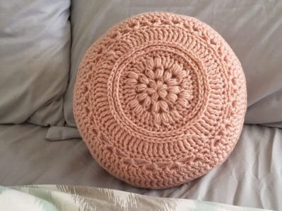 crochet Flower Power Pillow free pattern