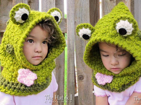 crochet Frog Hooded Cowl easy pattern