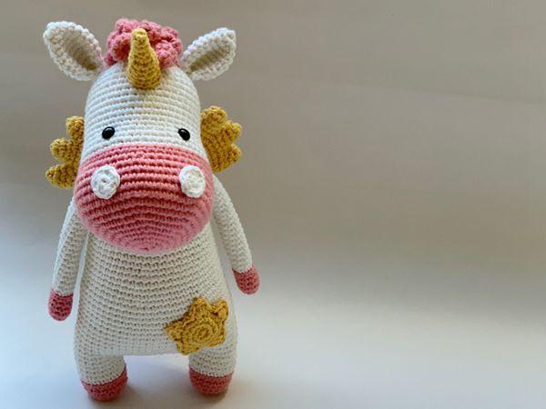 crochet Gigi the Unicorn free pattern