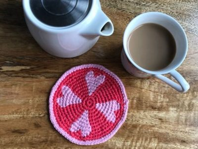 crochet The Coaster of Hearts free pattern