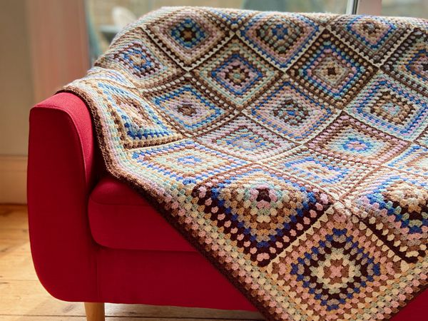 crochet Coffee Time Throw free pattern