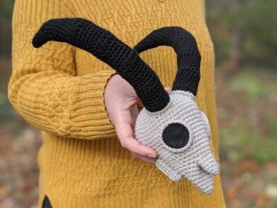 crochet Goat Skull easy pattern