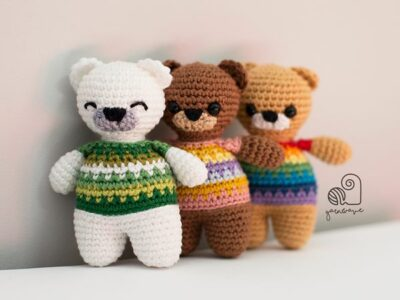 crochet Rainbow Teddy free pattern