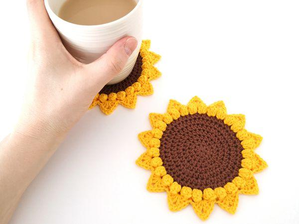 crochet Sunflower Coaster free pattern
