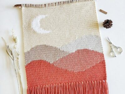 crochet The Moon Ridge Wall Hanging easy pattern
