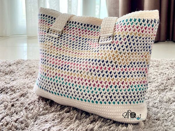 crochet Cotton Candy Tote Bag free pattern