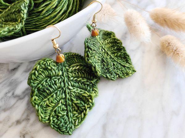crochet Flirty Foliage Monstera Leaf easy pattern