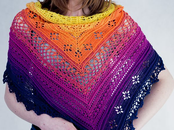 crochet Flower Valley Shawl free pattern
