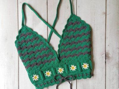 crochet Criss-Cross Floral Top easy pattern