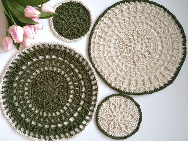 crochet Rinde Placemat and Coaster Set free pattern