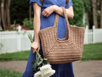 crochet Cove Tote Bag free pattern