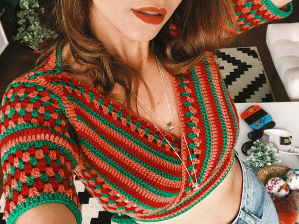 crochet Cropped Top Olive free pattern