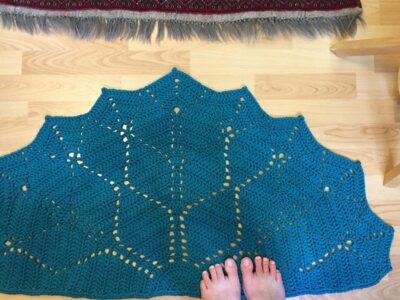 crochet Paved Diamonds Rug free pattern