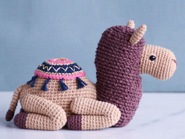 crochet Mommy Cammy Camel easy pattern