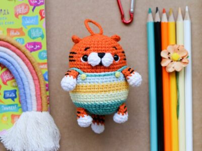 crochet Tiger keychain free pattern
