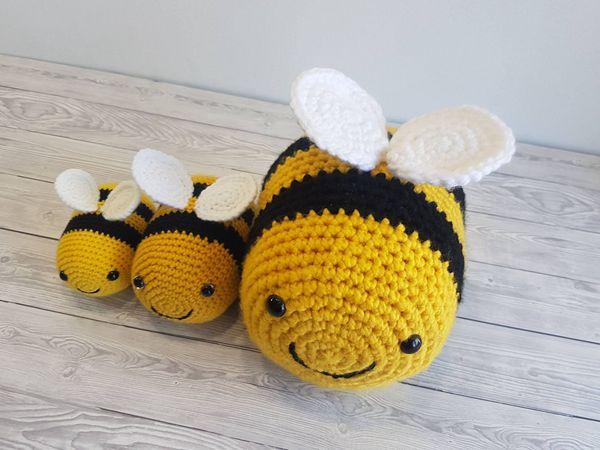 crochet Tik Tok Bee free pattern