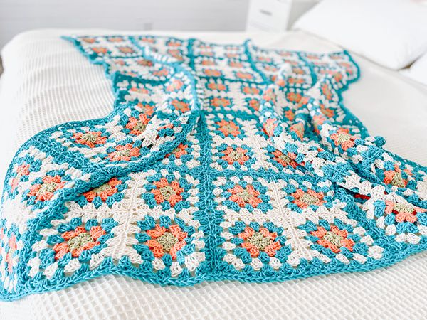crochet Coastal Cottage Blanket free pattern
