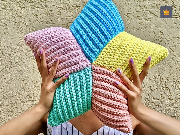 crochet Star Pillow free pattern