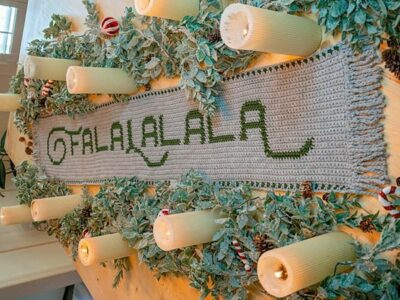 crochet FALALALALA TABLE RUNNER free pattern
