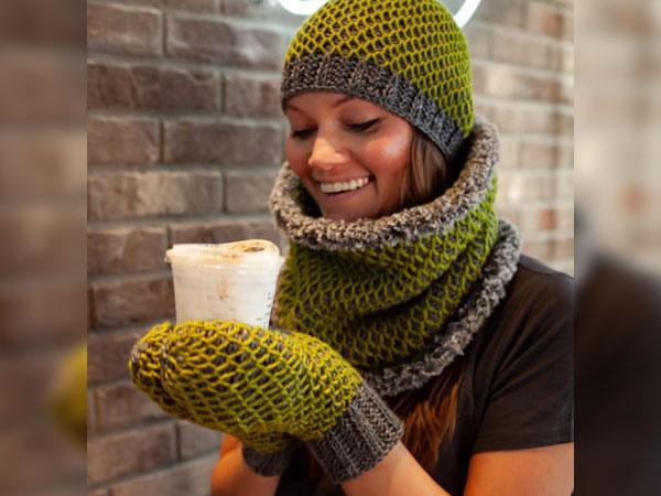 crochet Smock it to Me beanie free pattern
