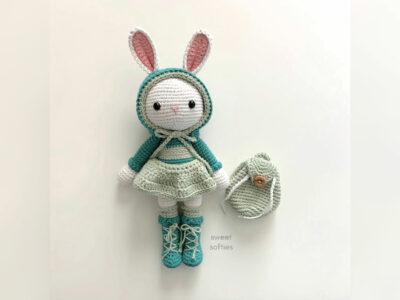 crochet Wanderlust Bunny free pattern